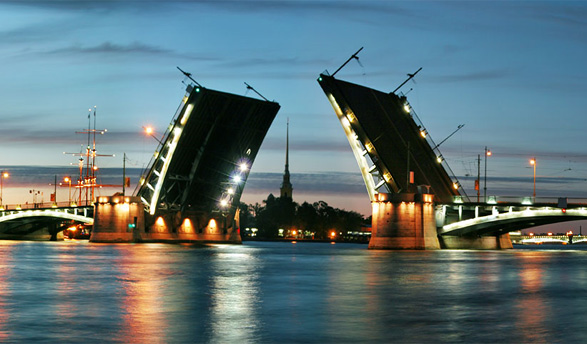 White Nights in Saint-Petersburg: perfect for summer internship