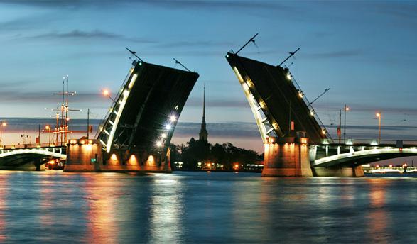 White Nights in Saint-Petersburg: perfect for summer internship