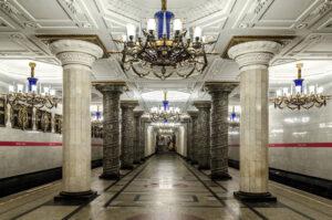 Living in Saint-Petersburg: Public transport for starters