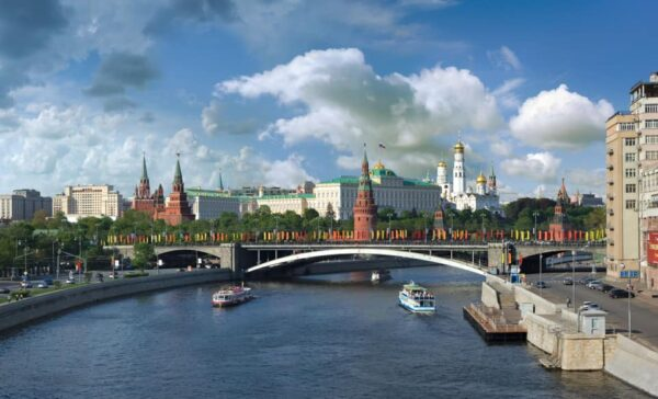 Studying the Russian language in Russia: tips